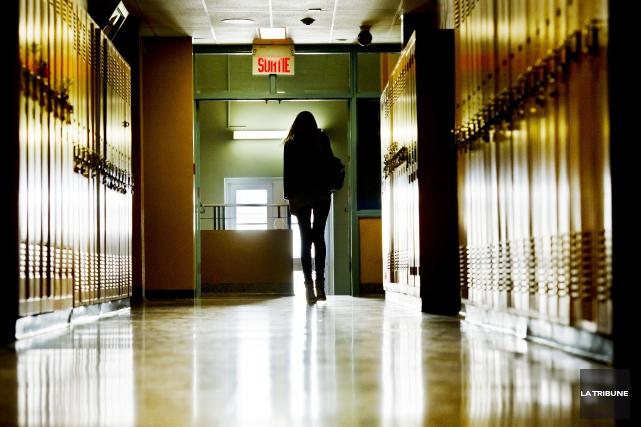 Le décrochage scolaire est en hausse dans les commissions scolaires de la... (Archives La Tribune, Jocelyn Riendeau)
