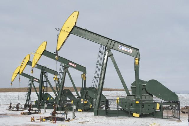 Les cours du pétrole coté à New York ont fini en baisse jeudi, pénalisés par... (Photo archives Reuters)