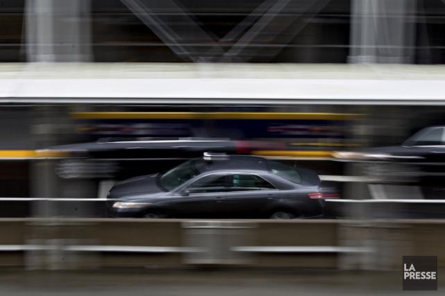 Le Bureau du taxi compte mettre un accent... (PHOTO OLIVIER JEAN, ARCHIVES LA PRESSE)