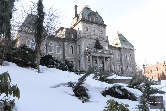 La Ville de Sherbrooke a les coudées franches pour aller de l'avant avec son... (Archives La Tribune)