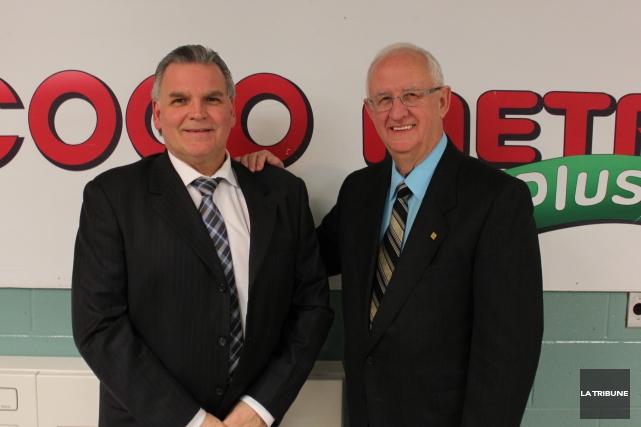 Le directeur général de l'entreprise, Jean Boisvert, et... (La Tribune, Yvan Provencher)