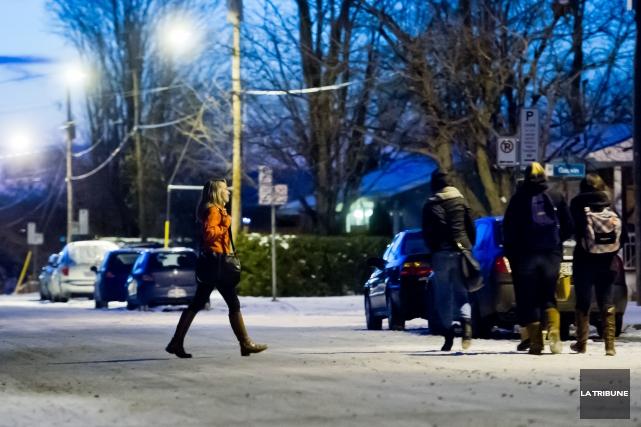 La campagne «J'ai choisi le quartier étudiant», menée en collaboration par la... (Archives La Tribune)