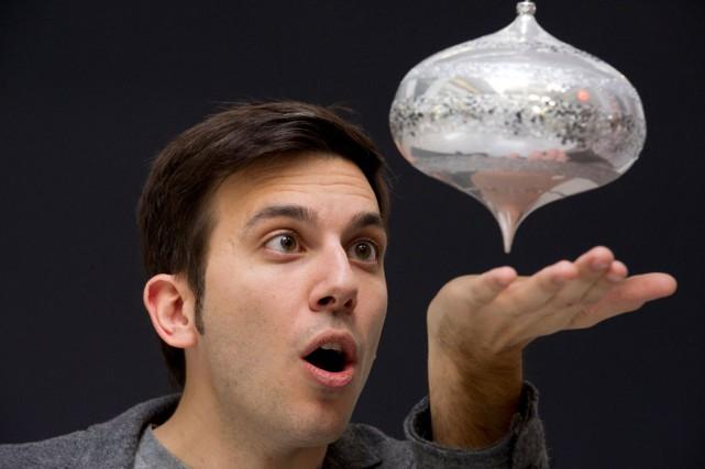 Le magicien Daniel Coutu.... (Martin Roy, LeDroit)