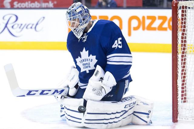 Jonathan Bernier a repoussé 46 tirs durant la... (Photo Nathan Denette, La Presse Canadienne)