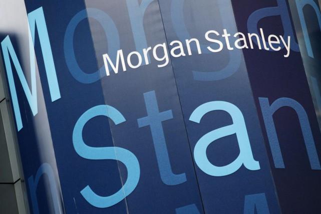 La banque d'affaires américaine Morgan Stanley (MS) a dépassé... (PHOTO ARCHIVES AP)