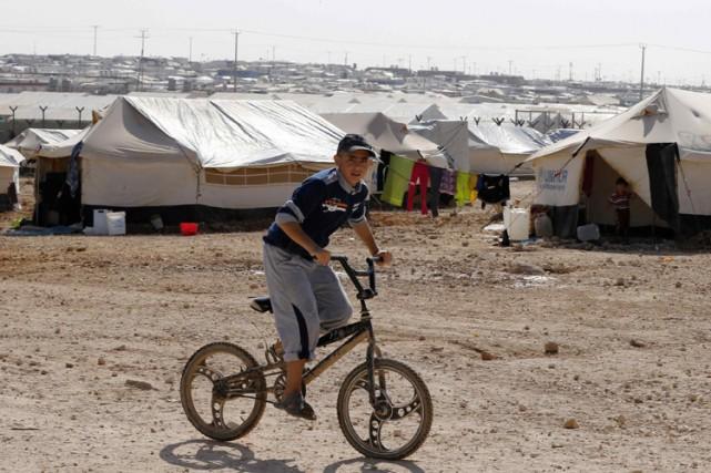 Plus de 30 organisations humanitaires ont lancé lundi un appel pour que des... (Photo: Reuters)