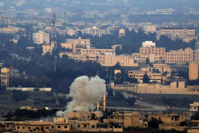 L'armée et l'aviation israéliennes ont mené plusieurs attaques... (Photo: AFP)