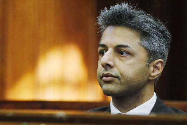 Shrien Dewani n'a pas eu à témoigner à... (PHOTO MIKE HUTCHINGS, AFP)