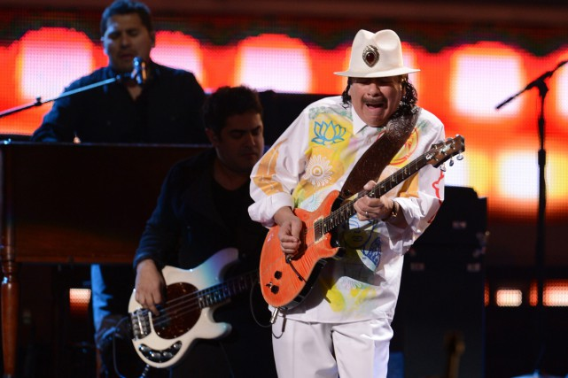 Carlos Santana est né au Mexique et a... (PHOTO ARCHIVES AFP)