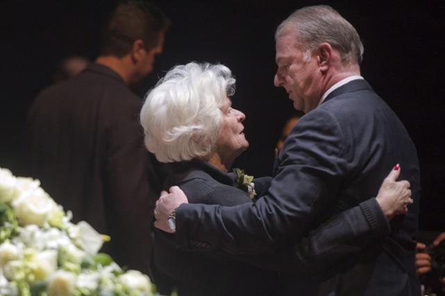 Michel Therrien a offert ses condoléances à Élise... (Photo: PC)