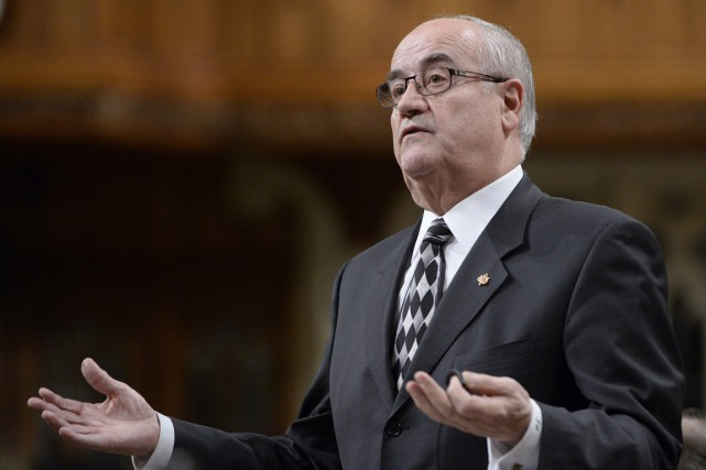 Le ministre des Anciens Combattants, Julian Fantino, a... (Archives La Presse Canadienne)