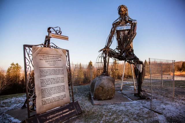 Victoriaville a érigé une sculpture en souvenir de... (Photo fournie)