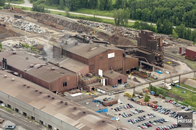 Vue aérienne de l'usine d'ArcelorMittal, à Contrecoeur.... (PHOTO FRANÇOIS ROY, ARCHIVES LA PRESSE)