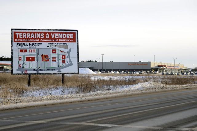 Le développement commercial dans le secteur du boulevard René-Lévesque pourrait... (Jeannot Lévesque)