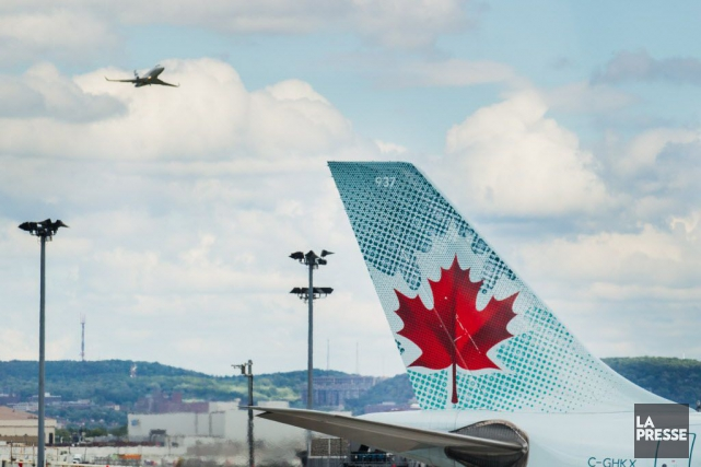 L'appareil avait quitté l'aéroport de Calgary en soirée... (PHOTO EDOUARD PLANTE-FRÉCHETTE, ARCHIVES LA PRESSE)