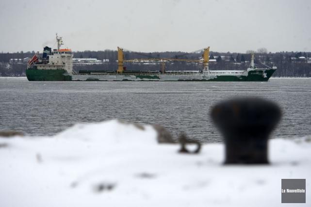 Le navire qui s'est échoué lundi a été... (Photo: Stéphane Lessard, Le Nouvelliste)