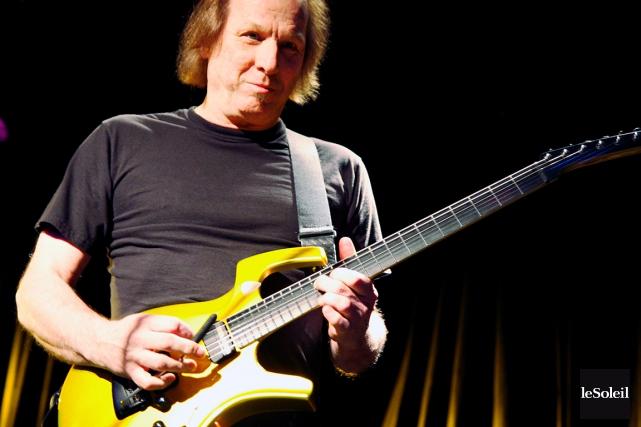 Il est important pour le guitariste Adrian Belew... (Photothèque Le Soleil)