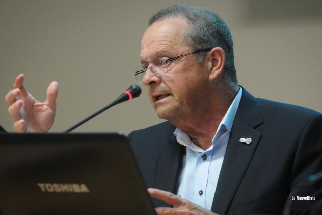 Le maire de Nicolet, Alain Drouin, est passablement... (Photo: François Gervais Le Nouvelliste)