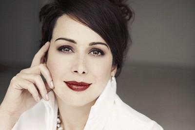 Leslie Ann Bradley, soprano... (Photo: Lisa-Marie Mazzucco, site officiel de l'artiste)