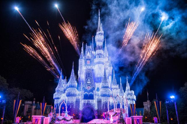 Tous les soirs durant la période des Fêtes,... (Photo fournie par Disney)