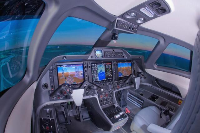 Un simulateur de vol de CAE.... (Photo Archives La Presse Canadienne)