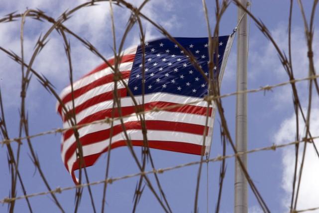 Au moment même où les Américains découvraient le... (PHOTO PAUL J. RICHARDS, ARCHIVES AFP)