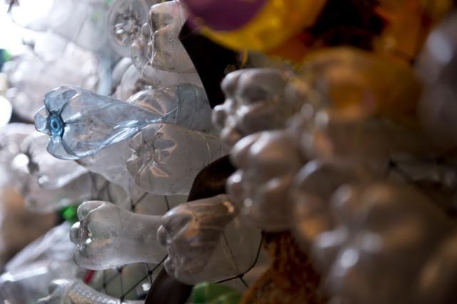Les données portent sur les microplastiques récupérés dans... (PHOTO MARTIN BERNETTI, AFP)