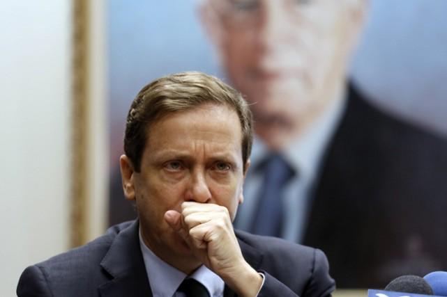 Le chef de l'opposition Isaac Herzog et l'ex-ministre israélienne Tzipi Livni,... (Photo: AFP)