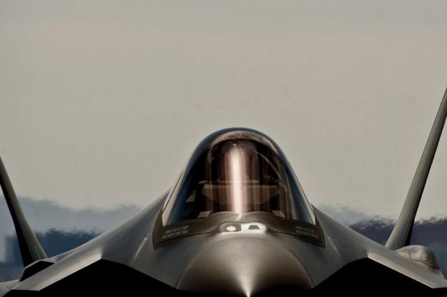 Les controversés F-35 américains pourraient ne pas s'avérer... (Archives Reuters)