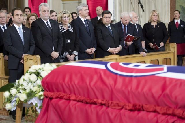 De nombreux dignitaires ont assisté aux funérailles de... (Photo: La Presse Canadienne)