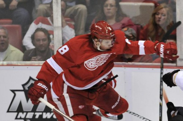 Abdelkader a fourni sept buts et 15 points... (Photo John T. Greilick, AP)