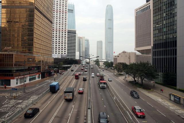 Les neuf voies reliant l'est à l'ouest de... (Photo Isaac Lawrence, AFP)