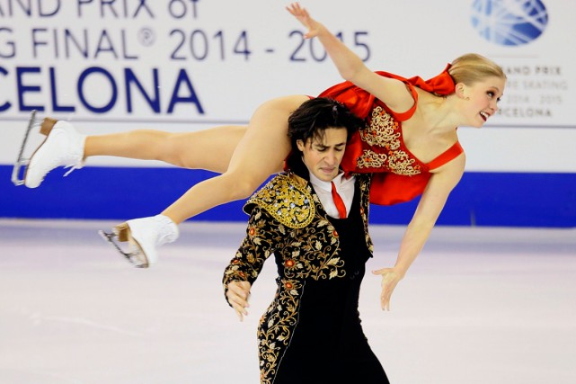 Kaitlyn Weaver et Andrew Poje... (Photo Albert Gea, Reuters)