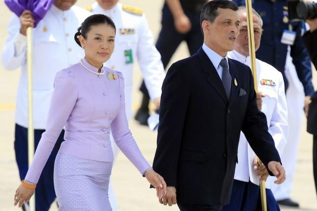 La princesse Srirasmi a épousé le prince Maha... (Photo Adrees Latif, Archives REUTERS)