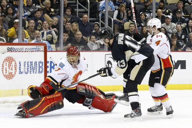 Blake Comeau et Kristopher Letang ont marqué tôt en première période et les... (Photo USA Today Sports)