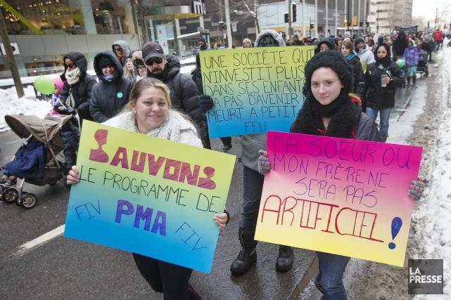 Les participants ont dit souhaiter que le gouvernement... (PHOTO ROBERT SKINNER, LA PRESSE)