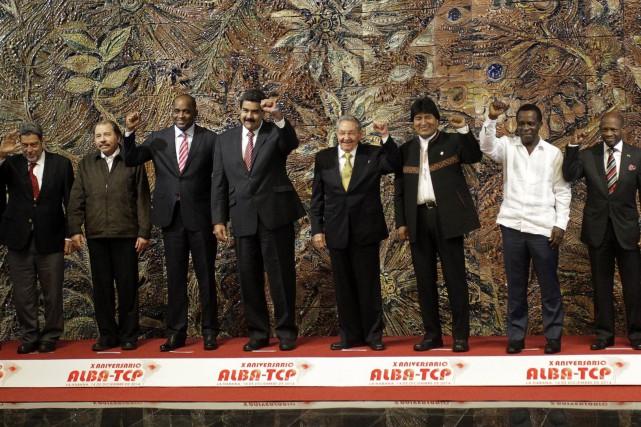 Onze ministres et chefs d'État étaient présents à... (Photo ENRIQUE DE LA OSA, REUTERS)