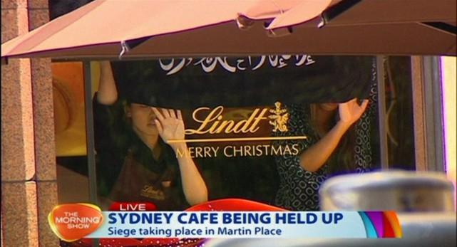 La prise d'otages de Sydney résumée en quelques points: (PHOTO CHANNEL 7/AP VIDEO)