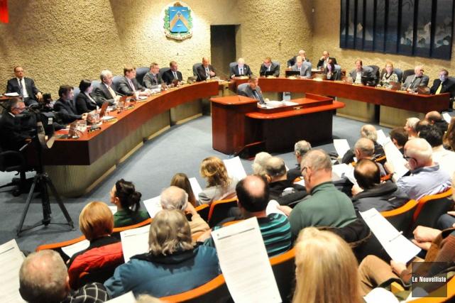 Les élus trifluviens présenteront, lundi soir, le budget... (Photo: Émilie O'Connor, Le Nouvelliste)