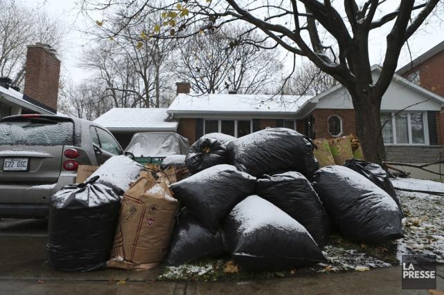 Les déchets des citoyens de Saint-Lambert ne sont... (PHOTO MARTIN CHAMBERLAND, LA PRESSE)