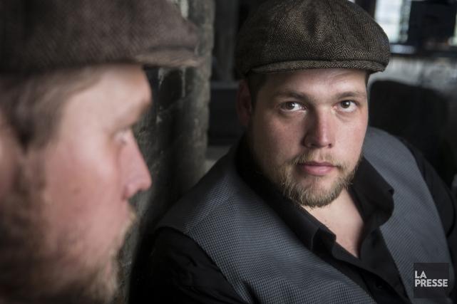 Le comédien québécois Guillaume Cyr donne la réplique à la star du cinéma... (Photo: Olivier Pontbriand, archives La Presse)