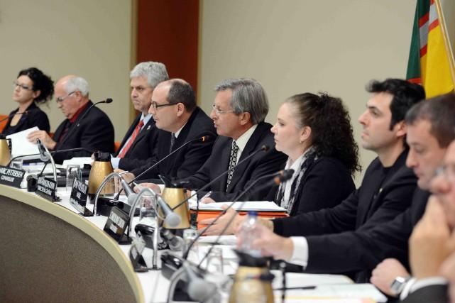 La proposition du maire de Saguenay, Jean Tremblay,... ((Archives))