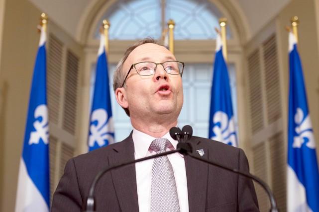 M. Coiteux a fait valoir que 40% des... (La Presse Canadienne)