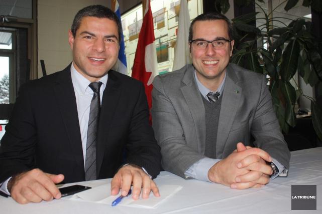 Le maire de Victoriaville, Alain Rayes, et son... (La Tribune, Yanick Poisson)