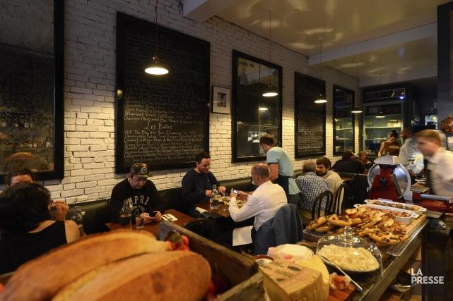 Chez Vin Papillon, le menu à l'ardoise change... (Photo Bernard Brault, La Presse)