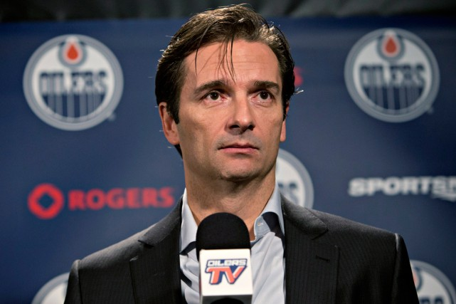L'ex-entraîneurdes Oilers d'EdmontonDallas Eakins a rencontré les journalistes,... (Photo Jason Franson, PC)