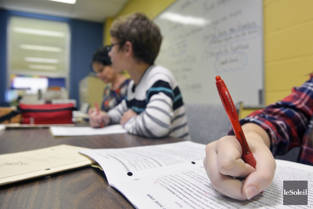 La tâche des enseignants serait augmentée de 10%,... (PHOTO JEAN-MARIE VILLENEUVE, ARCHIVES LE SOLEIL)