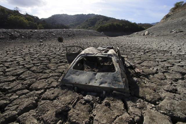 Environ deux-tiers de ce déficit d'eau est dû... (Archives AP)