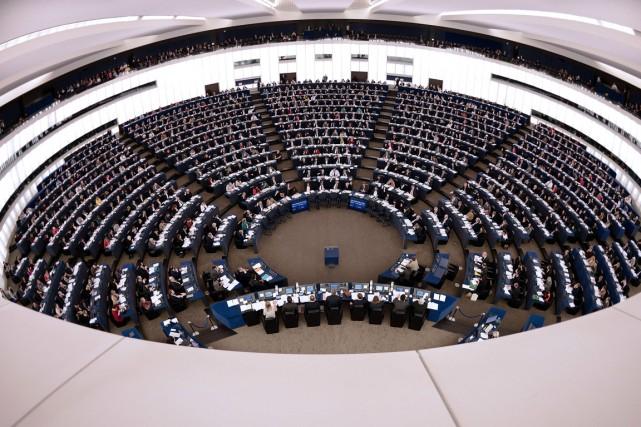 Au total 11 sur 13 multinationales ont accepté... (PHOTO FREDERICK FLORIN, AFP)