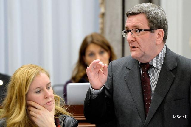 La décision du maire Régis Labeaume survient aussi... (Photothèque Le Soleil, Pascal Ratthé)
